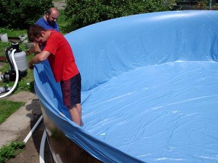 Сборка бассейнов, установка оборудования и монтаж каркаса