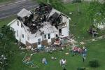 Обезопасьте свой дом от поражения молнией! Это дешевле чем ремонтировать его после!